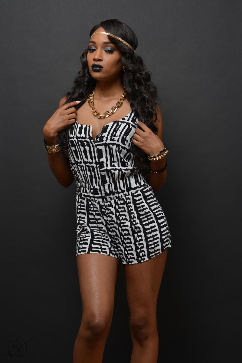 Tiona black 3