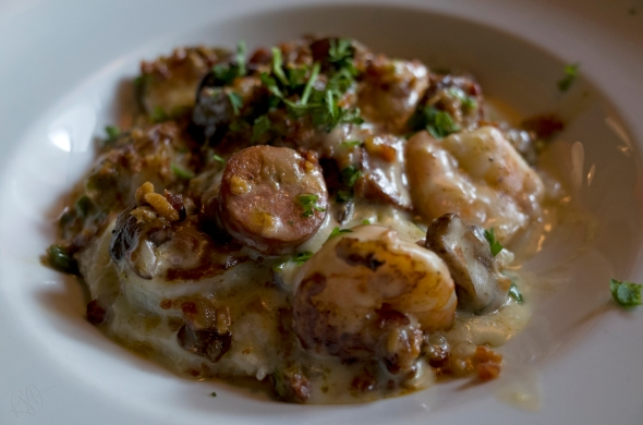 Shrimp & Grits 1